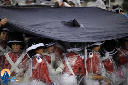 بارش باران در مراسم سن سپاستین ـ اسپانیا