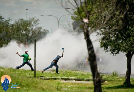 تظاهرات و در گیری ضد دولتی _ آفریقای جنوبی