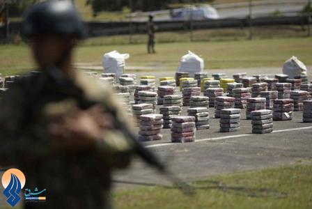 کشف 950کیلوگرم کوکائین در یک غار در سواحل ترکولون توسط نیروی دریایی ارتش پاناما