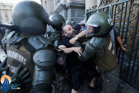 اعتراضات در سانتیاگو علیه فساد در مقامات دولت شیلی