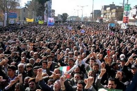 حضور مردم تربت حیدریه در راهپیمایی 22 بهمن