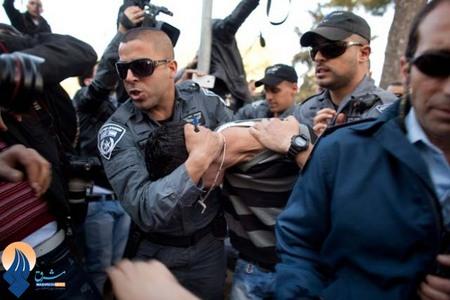 خشم جوانان فلسطینی نسبت به وضعیت نامناسب جسمی سامرالعیساوی زندانی دربند رژیم اشغالگر قدس
