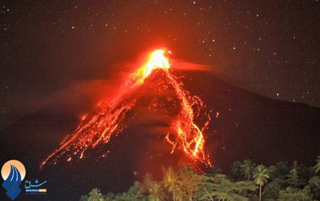 فعال شدن آتشفشان کوه کارانگانگ در جزیره ببالی اندونزی