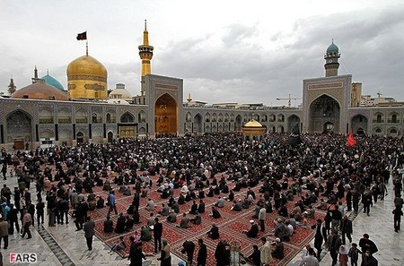 مراسم عزاداری سالروز شهادت حضرت فاطمه(س) در مشهد مقدس