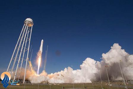 پرتاب یک موشک حامل تجهیزات و مایهتاج به ایستگاه فضایی