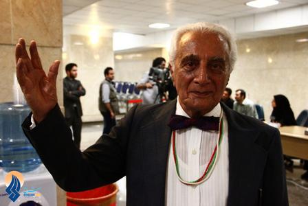 حاشیه های آخرین روز ثبت نام نامزدهای انتخابات در وزارت کشور