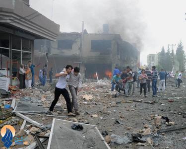 ده ها کشته و زخمی در انفجار خودروی بمبگذاری شده در شهر ریحانلی ترکیه در نزدیکی مرز با سوریه