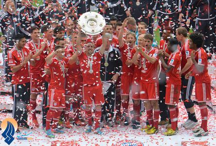 جشن قهرمانی تیم بایرن مونیخ در بوندس لیگای آلمان