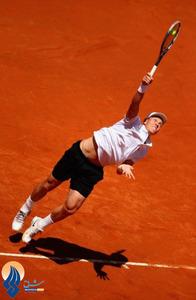 توماس بردیچ در جریان دیدار با نواک جوکوویچ در مرحله یک چهارم نهایی تنیس رم