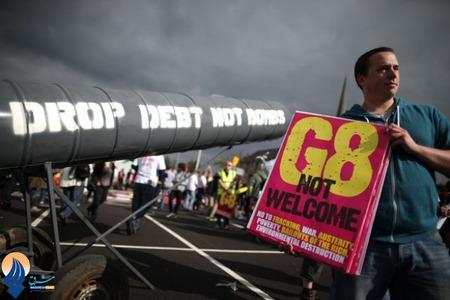 تظاهرات مردم ایرلند شمالی نسبت به برگزاری نشست سران G8 در این کشور