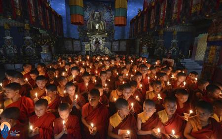 مراسم دعای راهبان بودایی برای برقراری صلح در جنوب شهر پنتا _ هند
