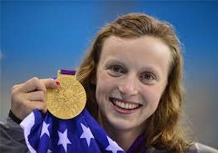 کیتی لدکی شناگر نوجوان آمریکایی که در آن زمان 15ساله داشت در ماده 800 متر آزاد زنان موفق شد مدال طلای المپیک را از آن خود کند و نام خود را به عنوان جوان ترین طلایی المپیک ثبت کند.