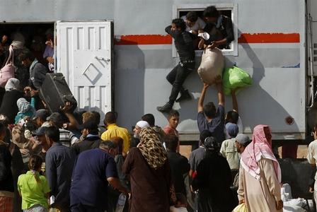 بازگشت تعدادی از آوارگان سوری از کمپ پناهجویان اردن به کشورشان
