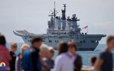 حرکت ناوهای نیروی دریایی انگلیس به سمت تنگه جبل الطارق به دلیل تنشهای اخیر میان این کشور و اسپانیا بر سر این تنگه