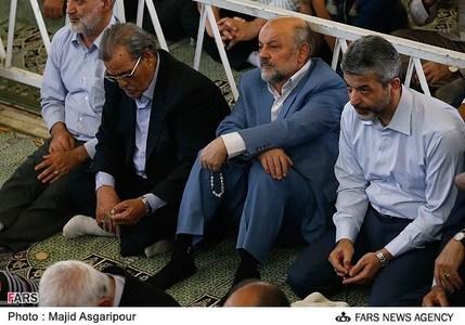 حضور دانشجو و طریقت منفرد در نماز جمعه تهران
