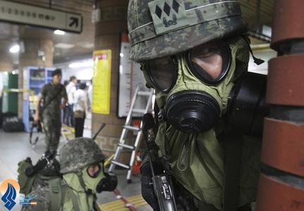 مانور سربازان پلیس کره جنوبی در ایستگاه مترو _ سئول