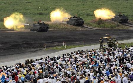 مانور مشترک نظامی ارتش ژاپن با حضور مردم