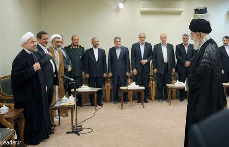 در پنجمین روز از هفته دولت، رئیس جمهور و اعضای هیئت دولت با حضرت آیت الله خامنه ای رهبر معظم انقلاب اسلامی دیدار کردند.