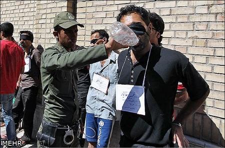 دوازدهمین مرحله طرح ارتقاء امنیت اجتماعی صبح روز یکشنبه با دستگیری 238 خرده فروش مواد مخدر، اراذل و اوباش و مظنون به سرقت در مشهد اجرا شد.