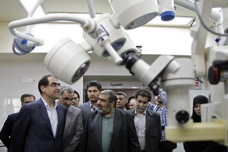 اتاق های عمل چشم و بخش های جدید بیمارستان طرفه روز شنبه در مراسمی افتتاح شد.