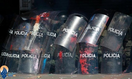 ادامه درگیری بین نیروهای نظامی و کشاورزان معترض در کلمبیا
