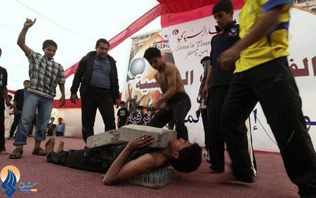 کار عجیب یک مرد یمنی در جشنواره بادیه نشینی _ صنعا