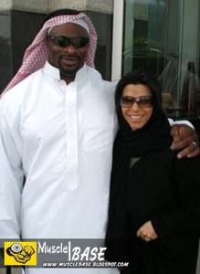 کلمن و همسرش سفری به کشورهای حاشیه خلیج فارس داشتند که بسیار مورد توجه رسانه ها قرار گرفت