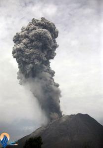 فوران آتشفشان کوه کارو در جزیره سوماترا _ اندونزی