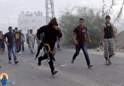 درگیری جوانان فلسطینی با سربازان اشغالگر در اردوگاه پناهندگان جنین
