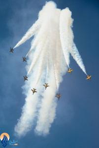 نمایش هوایی خلبانان پایگاه هوایی سئول در شصت و پنجمین سالگرد استقلال کره