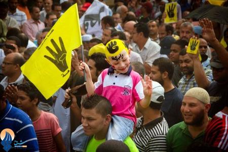 تظاهرات حامیان محمد مرسی در قاهره بعد از اقامه نماز جمعه