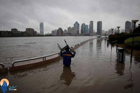 بارش شدید باران و جاری شدن سیل در بندر شانگهای چین
