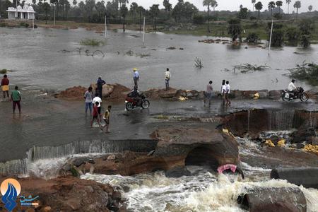 مشکلات ناشی از جاری شدن سیلاب در منطقه گنجام _ هند