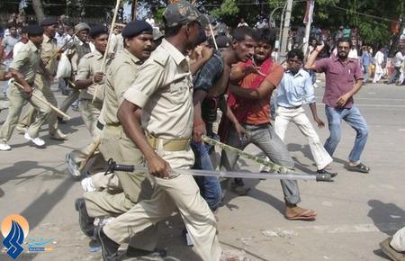 دستگیری یک مظنون به بمبگذاری در یک مجمع سیاسی _ هند