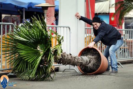 وزش بادهای شدید در شهر دوسلدورف آلمان