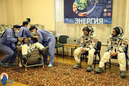 آماده شدن 3فضانورد ژاپنی،آمریکایی و روسی برای سفر به فضا _ قزاقستان