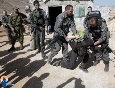 تخریب خانه های فلسطینیان شرق بیت المقدس توسط سربازان صهیونیستی و ضرب و شتم صاحبان خانه ها