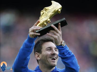 دریافت سومین کفش طلای مسی برای 46 گل در سال 2013