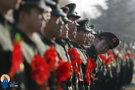 در حاشیه مراسم تشییع یک افسر بلند پایه ارتش چین