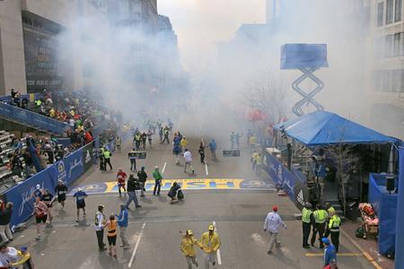 دو انفجار وحشتناک در نزدیکی خط پایان دو ماراتن شهر بوستون صحنههای غم انگیزی را رقم زده بود