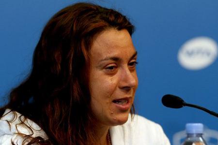 ماریون بارتولی قهرمان ویمبلدون 2013 خبر خداحافظی خود از تنیس را با چشمانی اشکبار اعلام کرد