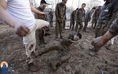 کتک زدن در گل و لای،بخشی از آموزشهای نظامی برای نیروهای ویژه ارتش چین
