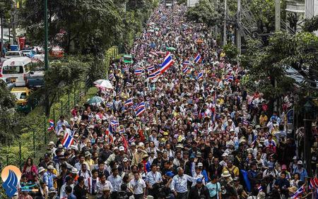 ادامه تظاهراتهای ضد دولتی مردم تایلند