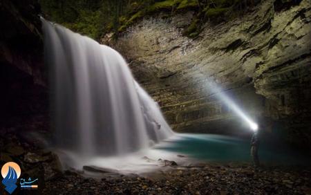آبشار زیبای کانیون در کانادا