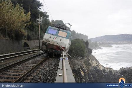 حادثه برای یک قطار مسافری در شمال ایتالیا