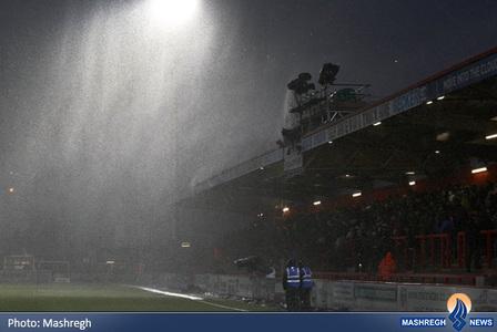 بارش سنگین باران در انگلیس قبل از دیدار استیونج و اورتون