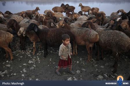 دختر روستایی در پیشاور پاکستان