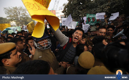 تظاهرات ضدنژادپرستی دانشجویان هندی