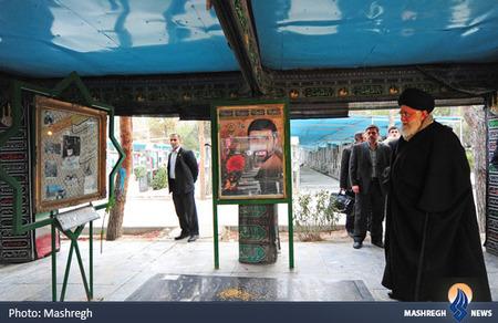 حضور رهبر معظم انقلاب بر مزار شهید علی صیادشیرازی