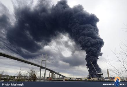 آتش سوزی در یکی از انبارهای بندر سوانای گرجستان